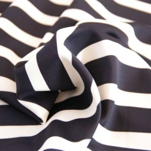 navy-whitw-stripe-scuba
